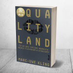 Desivá novinka QualityLand od Marc-Uwe Klinga ukazuje, ako náš život ovplyvňujú technológie