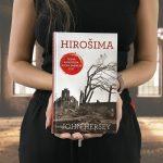 Kniha Hirošima od Johna Herseyho: Skutočný príbeh šiestich ľudí, ktorí prežili výbuch atómovej bomby